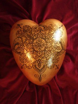 Urne Alicia (kastanienbraun auf gold)